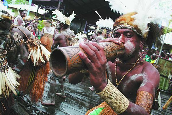 http://viradoang.files.wordpress.com/2010/01/papua-culture1.jpg